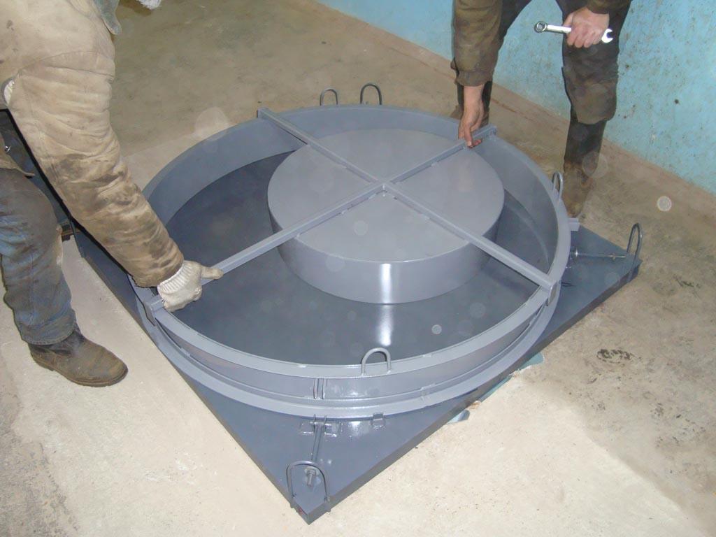 Форма для заливки канализационных колец и крышек своими руками