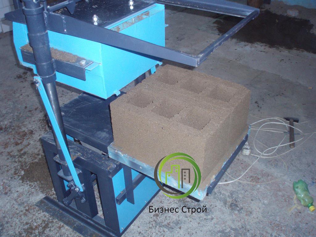 Как сделать станок для производства шлакоблока